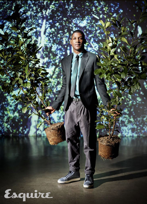 Musician Labrinth is wearing a cropped jacket